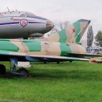 su-7b-03