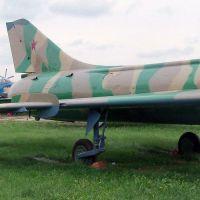 su-7b-10
