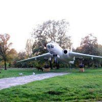 Tu-16-01