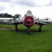 su-17um-5