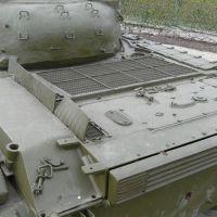 t-64b-018