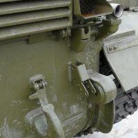 t-64b-013