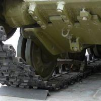 t-64b-037